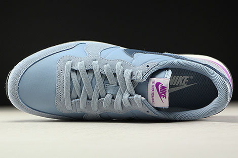 Nike WMNS Internationalist Blue Grey Squadron Blue Over view