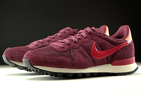 Nike WMNS Internationalist SE Dunkelrot Rot Rose Weiss Seitendetail