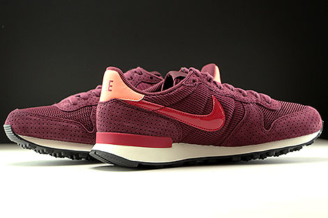 Nike WMNS Internationalist SE Dunkelrot Rot Rose Weiss Innenseite