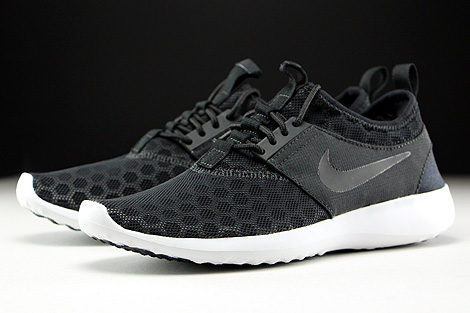 Nike Juvenate Black White Sidedetails