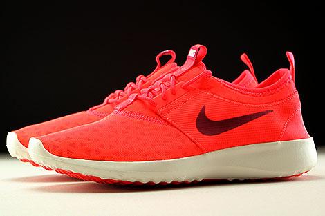Nike Juvenate Orange Dunkelrot Creme Seitenansicht