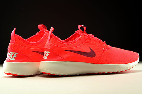 Nike Juvenate Bright Crimson Noble Red Sail Back view