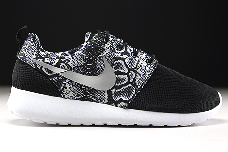 Nike WMNS Roshe One Print Black Metallic Silver White Right