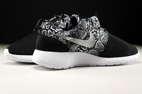 Nike WMNS Roshe One Print Black Metallic Silver White Inside