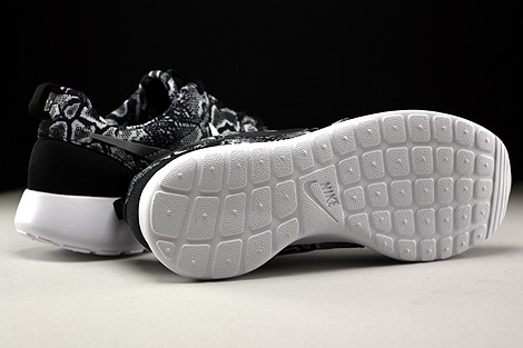 Nike WMNS Roshe One Print Black Metallic Silver White Outsole
