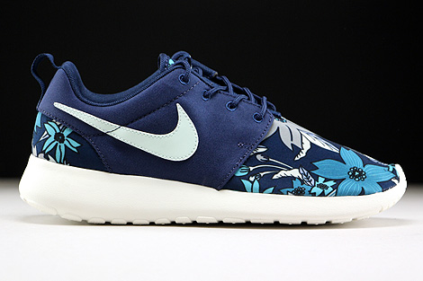 finest selection a698f 16343 Nike WMNS Roshe One Print