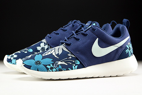 Nike WMNS Roshe One Print Dunkelblau Creme Hellblau Weiss Seitendetail