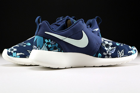 Nike WMNS Roshe One Print Midnight Navy Fiberglass Sail Inside