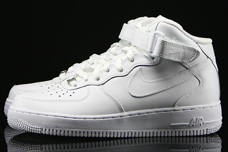 Nike WMNS Air Force 1 Mid White Profile
