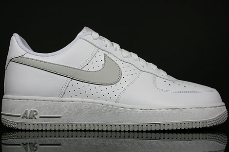Nike Air Force 1 Low Weiss Grau