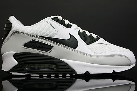Nike Air Max White Black