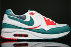 Nike WMNS Air Max Light White Radiant Emerald Hot Red