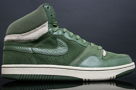 Nike Court Force Hi Olive