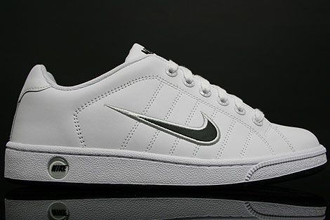 Nike Court Tradition 2 White Grey