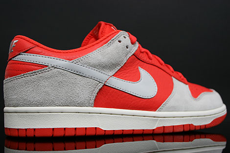 Nike Dunk Low CL Orange Grau Rueckansicht