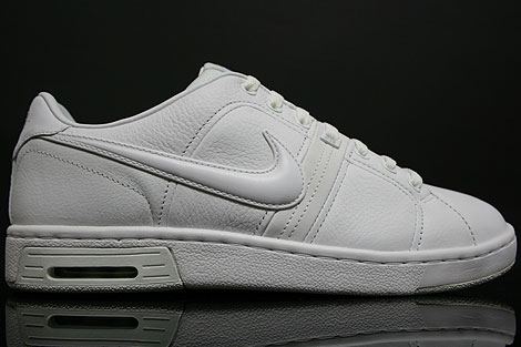 Nike Air Gravel Court Weiss