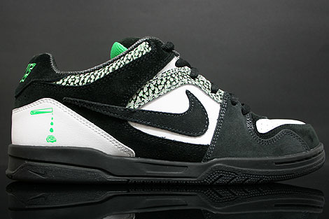 Nike Zoom Oncore White Black Green