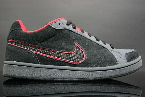 Nike Switch D Black Red Anthracite Right