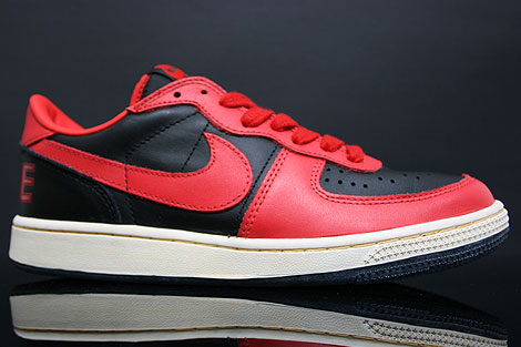 Nike Terminator Low Vintage Black Red Profile