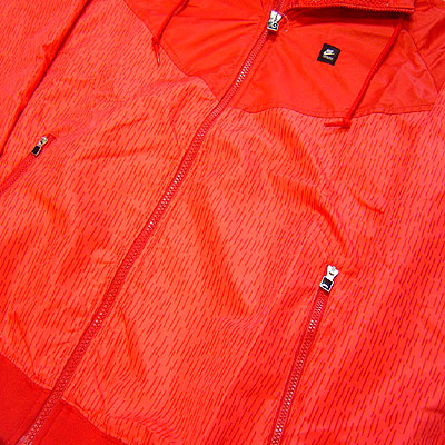 Nike Storm Windrunner Sport Red Profile