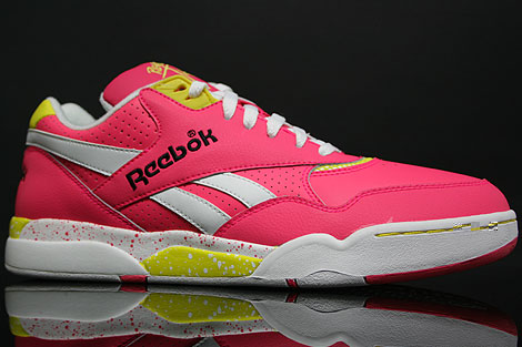 Reebok Reverse Jam Low Pink Yellow Profile