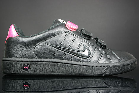Nike WMNS Court Tradition V2 Schwarz Weiss Rosa
